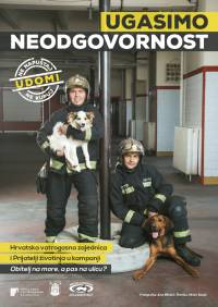 Firefighters and Dogs [ 583.24 Kb ]