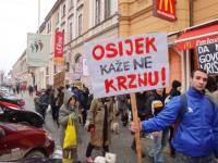 Demo against fur in Osijek [ 114.86 Kb ]