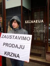 Demo against fur in Zagreb 2010 [ 379.14 Kb ]