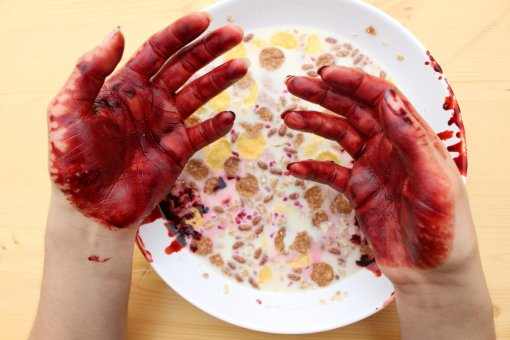 Wipe out the blood from your hands performance