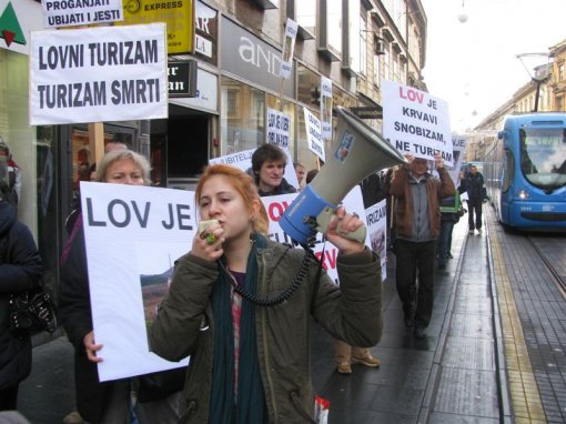 Anti-hunt demo, Zagreb 2011 e [ 101.11 Kb ]